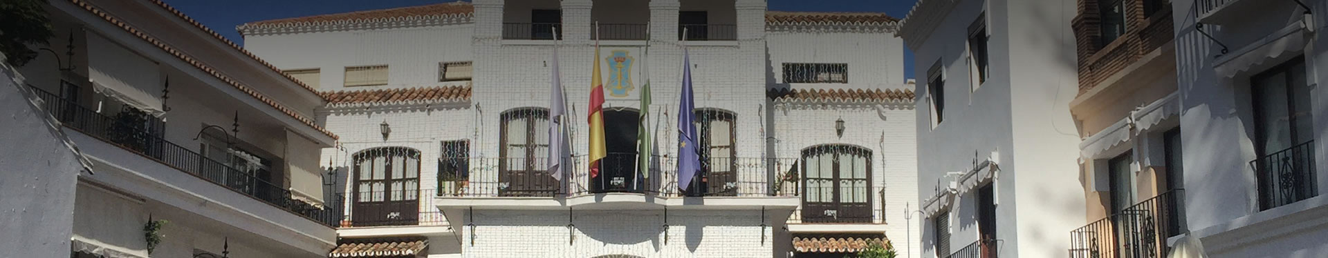 Ayuntamiento de nerja conoce los tel fonos de inter s for Oficina turismo nerja