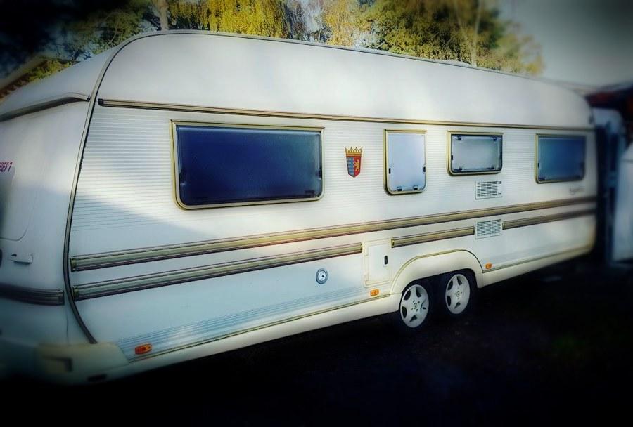 Nerja Turismo - Camping de Nerja - Caravana