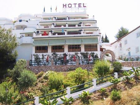 Nerja Turismo - Hoteles en Nerja - Hotel Jose Cruz