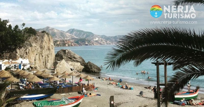 Calahonda beach the most photographed beach in nerja for Oficina turismo nerja