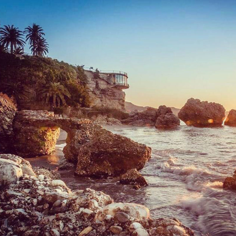 Sal n beach in nerja what you should know before going for Oficina de turismo nerja