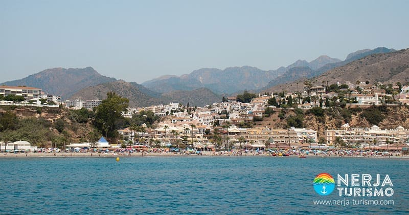 Playa burriana de Nerja