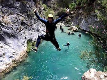 Excursión descenso barranco río verde